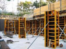 Construction of the plant for the production of mullion-transom systems and lightweight aggregate concrete blocks